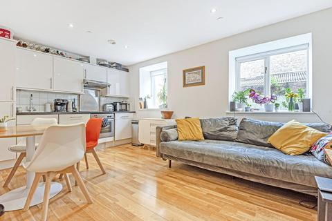 2 bedroom flat for sale - Camberwell Road, Camberwell
