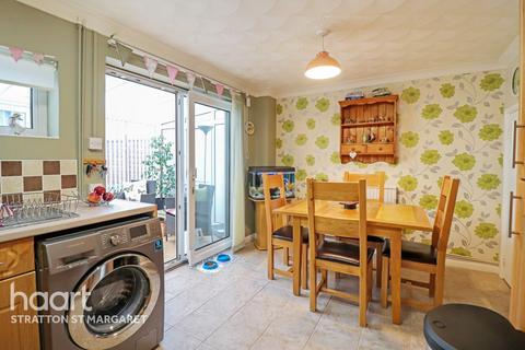3 bedroom terraced house for sale - Thorne Road, Swindon