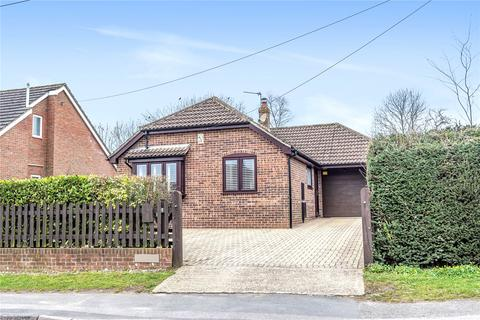 2 bedroom bungalow for sale - Winsor Road, Winsor, Southampton, Hampshire, SO40