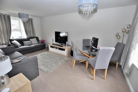 2 bedroom property to rent - Harper Grove, Tipton