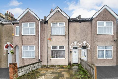 3 bedroom terraced house for sale - Durant's Road, Ponders End, EN3
