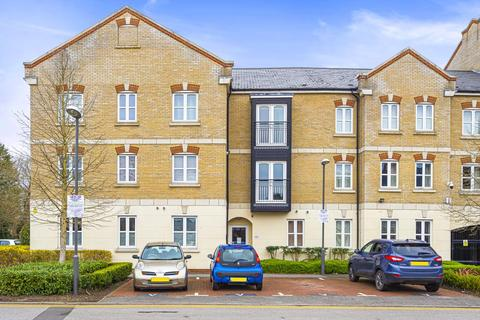 1 bedroom flat for sale - Masters House,  Aylesbury,  HP21