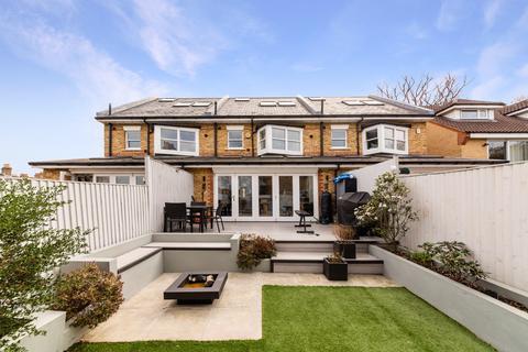 4 bedroom terraced house for sale - Donkey Alley, London SE22