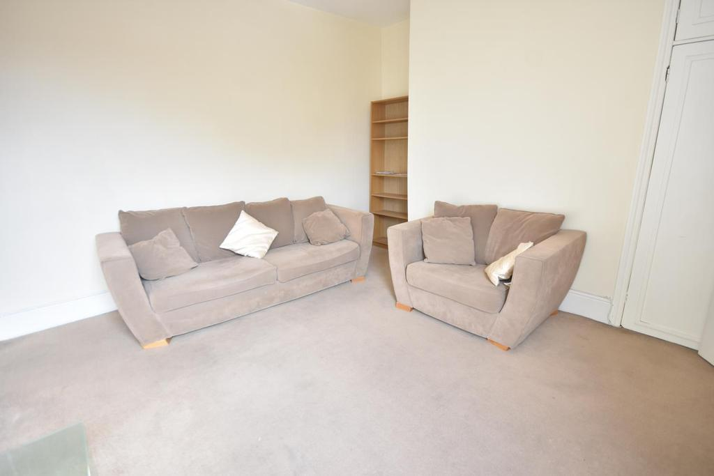 63 Whitefield Terrace photos3