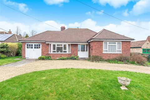 3 bedroom detached bungalow for sale - Top End, Renhold, Bedford