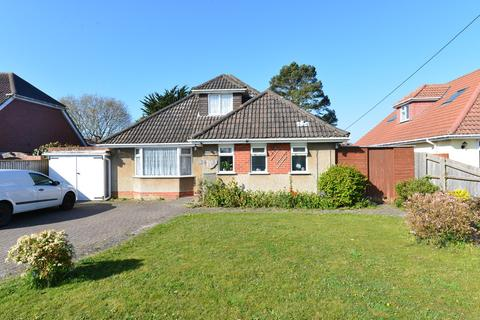4 bedroom detached bungalow for sale - Fir Avenue, New Milton