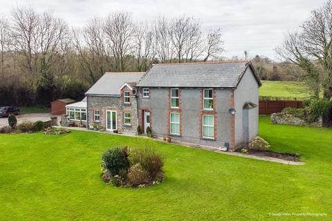 4 bedroom farm house for sale - Tredodridge, Near Pendoylan, Vale of Glamorgan, CF71 7UL