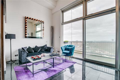 3 bedroom penthouse to rent - The Piper Building, Peterborough Road, London, SW6