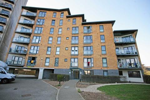 1 bedroom apartment for sale - Gateway Court, Parham Drive, Ilford, IG2