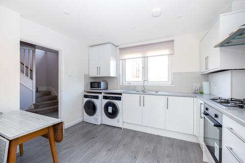 3 bedroom end of terrace house to rent - Abbots Park, Tulse Hill, London