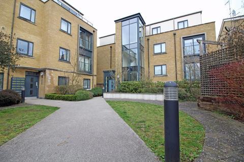 3 bedroom apartment for sale - Sanderstead Road, Sanderstead, Surrey
