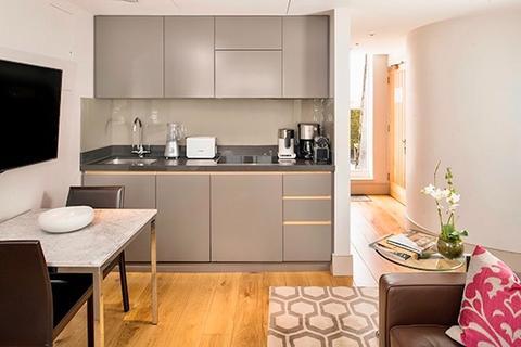 Studio to rent - Bentinck Street, Marylebone, London. W1U