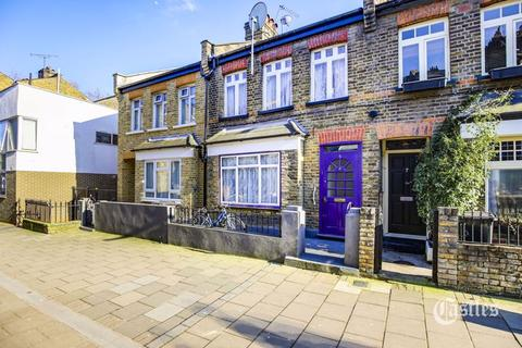 3 bedroom terraced house for sale - Clapton Passage, London