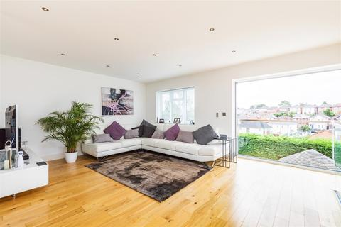 3 bedroom detached house for sale - Pine Road, Bournemouth