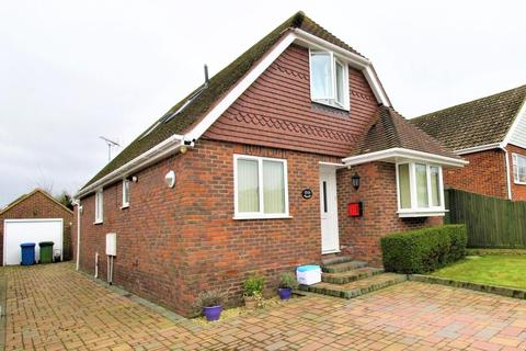 4 bedroom house for sale - Lynmouth Drive, Minster On Sea, Sheerness