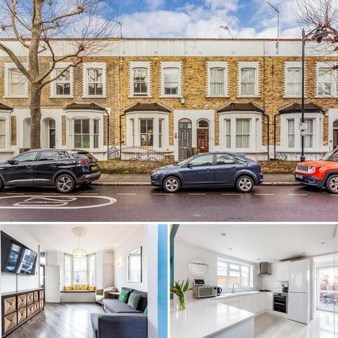 3 bedroom terraced house to rent - Tredegar Road, London