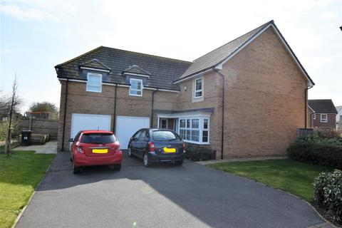4 bedroom detached house for sale - Falcon Way, East Leake, Loughborough