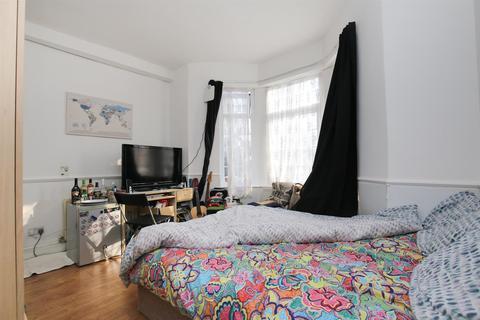 7 bedroom terraced house to rent - (Bills Included) Elliott Terrace, Fenham, Newcastle Upon Tyne