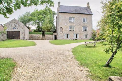5 bedroom detached house for sale - Church Road, Caldicot, Monmouthshire