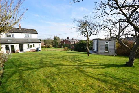 2 bedroom semi-detached house for sale - Birtles Road, Macclesfield