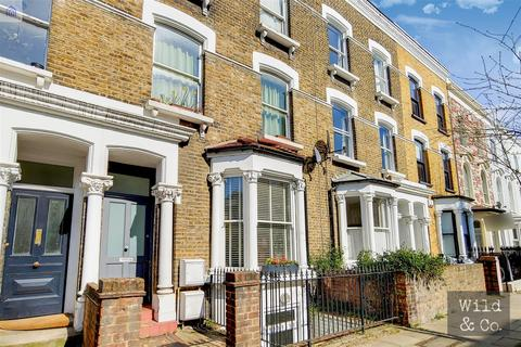 3 bedroom flat for sale - Dunlace Road, Hackney