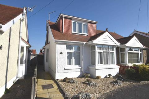 2 bedroom semi-detached bungalow for sale - Malvern Road, Gosport