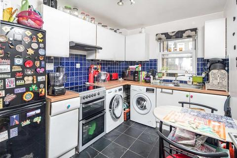 1 bedroom apartment to rent - Well Street, Hackney