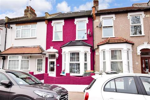 5 bedroom terraced house for sale - Blenheim Road, East Ham, London