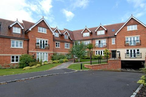 2 bedroom apartment to rent - Upcross House, Upcross Gardens, Reading, RG1