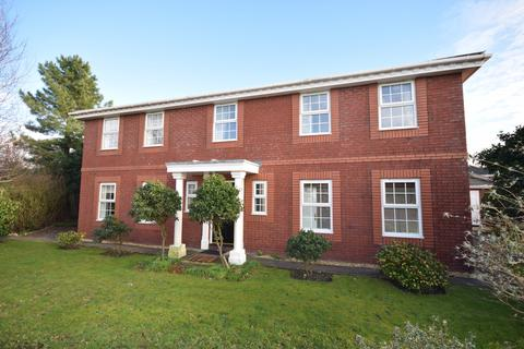 4 bedroom detached house to rent - Abbots Row, Lytham St Annes