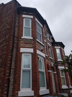 2 bedroom flat to rent - Brunswick Road, Withington, Manchester M16