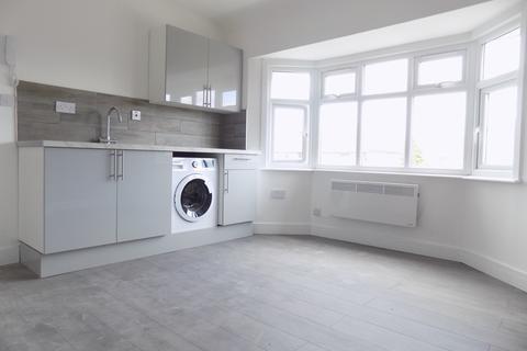 Studio to rent - Suncote Avenue, Dunstable, Bedfordshire, lu6