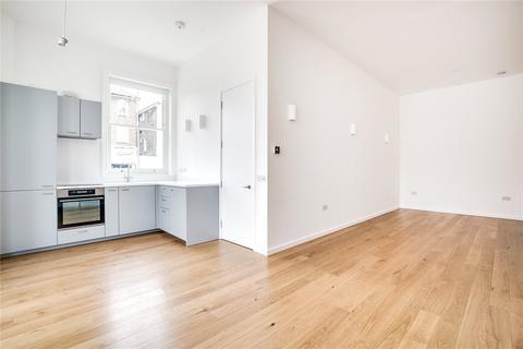 Studio to rent - Tavistock Road, London