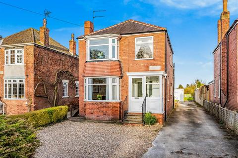 3 bedroom detached house for sale - Hull Road, Woodmansey, Beverley, HU17 0RR