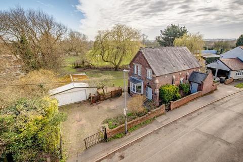 3 bedroom detached house for sale - Cavendish Bridge,Shardlow,Derby,DE72 2HL
