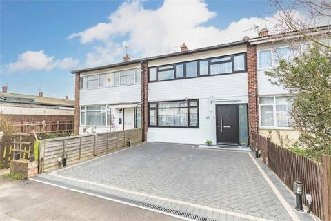 3 bedroom terraced house for sale - Humber Way, Langley, Berkshire
