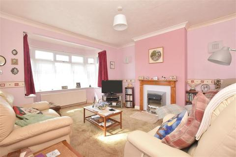 2 bedroom detached bungalow for sale - Rectory Road, Tarring, Worthing, West Sussex