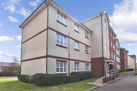 2 bedroom ground floor flat for sale - Butts Mead, Littlehampton, West Sussex