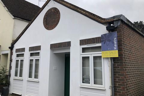 2 bedroom link detached house for sale - Lion Lane, Haslemere