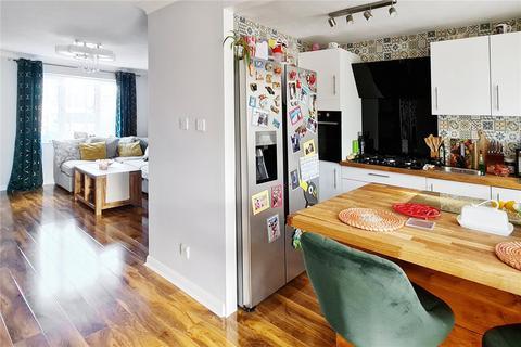 4 bedroom semi-detached house for sale - Lizard Head, Littlehampton