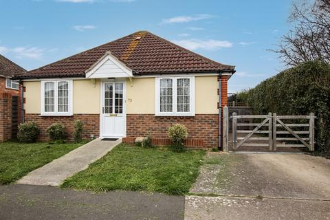 2 bedroom detached bungalow for sale - Castle Road, Tarring, Worthing BN13 1DS