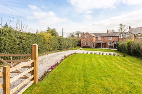 3 bedroom semi-detached house for sale - 1 Rose Cottages, 27 Barracks Lane, Ravensmoor, Near Nantwich