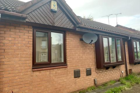 2 bedroom end of terrace house to rent - Division Street, Rochdale