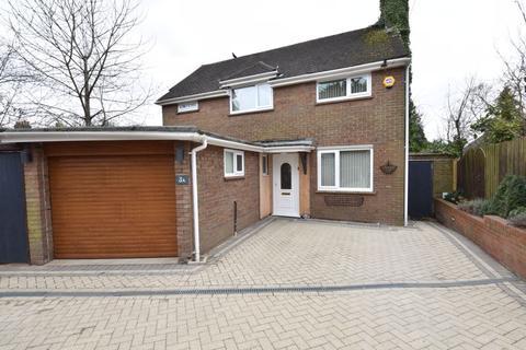 3 bedroom property to rent - Marlborough Road, Luton
