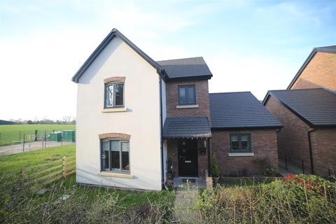 3 bedroom detached house for sale - St. Annes Way, Hanwood, Shrewsbury