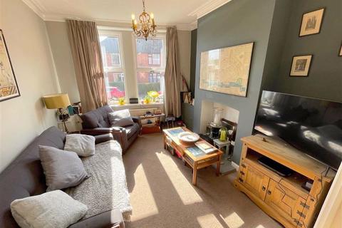 4 bedroom townhouse for sale - Cruso Street, Leek