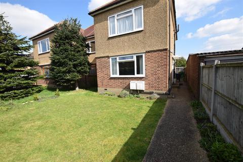 2 bedroom maisonette for sale - Millbrook Gardens, Chadwell Heath, Romford