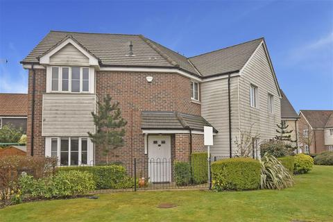 2 bedroom ground floor flat for sale - Whyke Marsh, Chichester, West Sussex