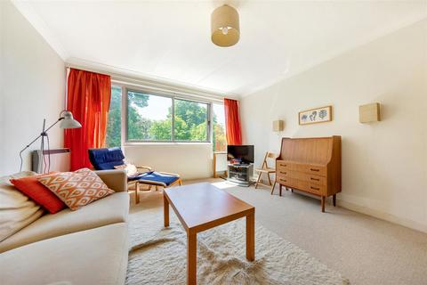 Flat to rent - Kensington Park Road, W11