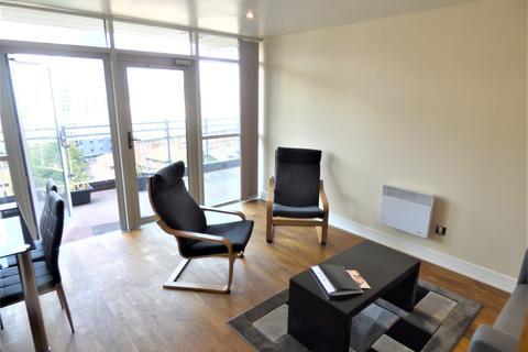 2 bedroom apartment to rent - Gerry Raffles Square, Stratford  E15